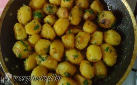 Fokhagymás krumpli recept fotóval