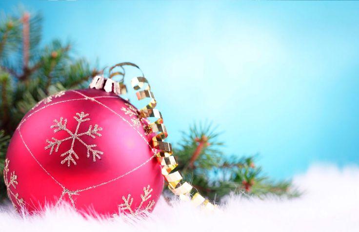 #Tarjeta de #Navidad Bola Navideña #christmas #cards #free #greetings #greetingsfree http://bit.ly/11c95L3