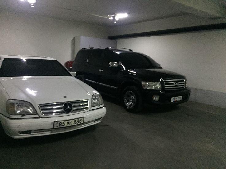 My cars Mercedes cl500 infiniti Qx 56