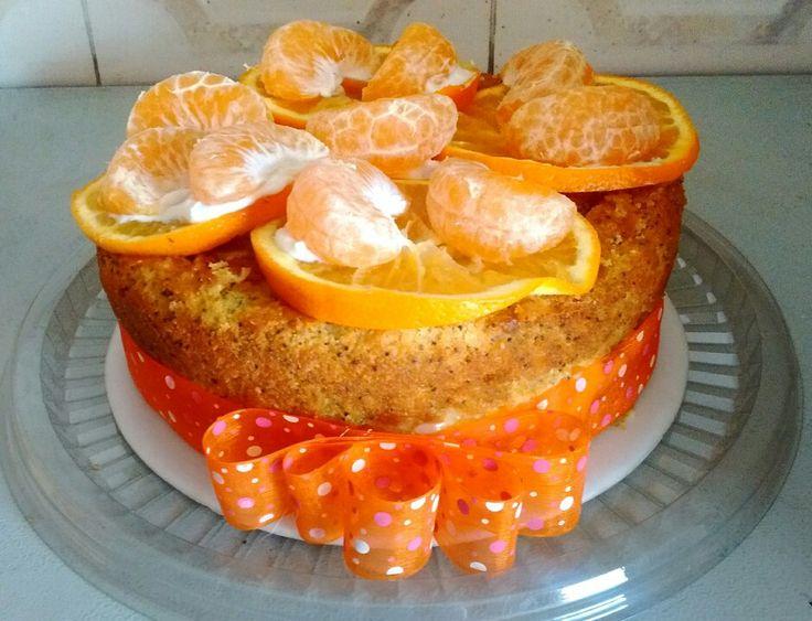 Inicia la semana con este delicioso y saludable ponqué de amapola con naranja con mandarina! Para que inicies tu semana llena sabor y color!