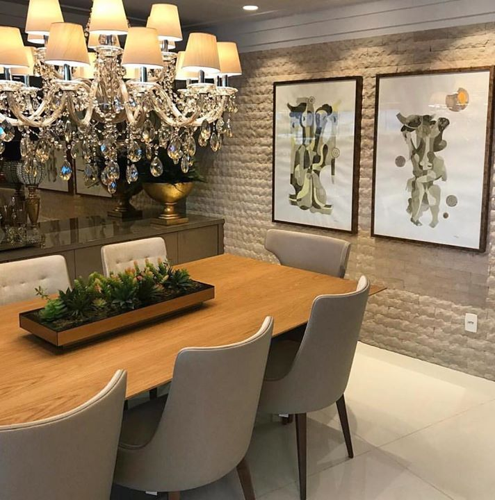 Sala de jantar acolhedora e bela.  Amei! @pontodecor  Projeto Flavio Moura www.homeidea.com.br  Face: /homeidea  Pinterest: Home Idea #pontodecor #maisdecor #bloghomeidea #olioliteam #arquitetura #ambiente #archdecor #homeidea #archdesign #hi  #tbt #home #homedecor #pontodecor #homedesign #photooftheday #love #interiordesign #interiores  #cute #picoftheday #decoration #world  #lovedecor #architecture #archlovers #inspiration #project