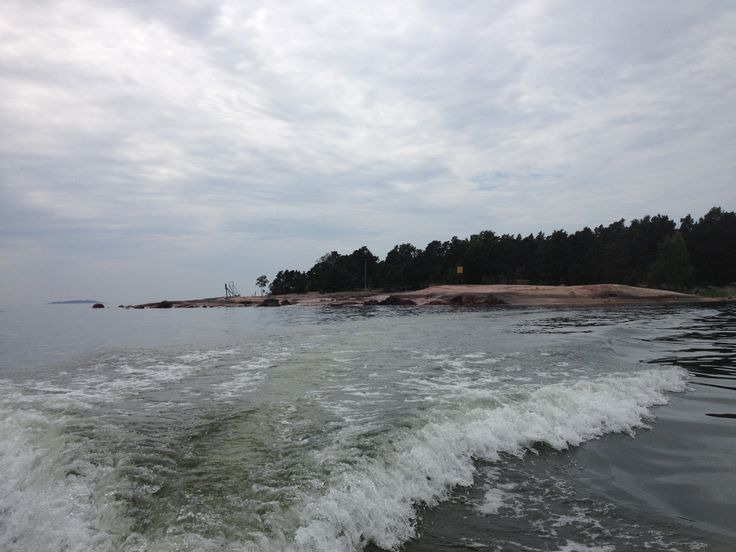 The island from the boat