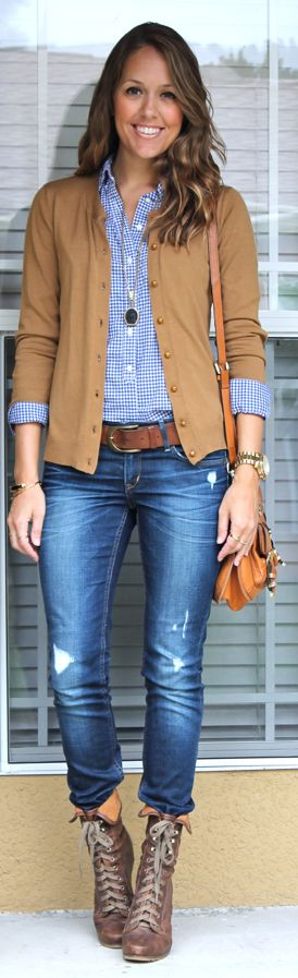 Distressed jeans, lace up boots, gignham shirt and beige cardigan. Cute outfit for fall.