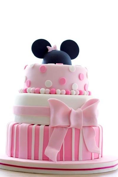 Pink Minnie Cake. #minniemouse #party #cake
