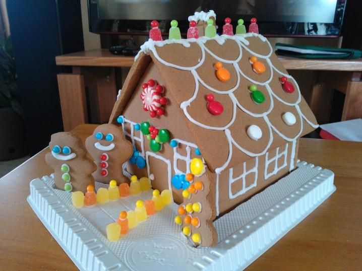 January 2014 - decorated (pre-made) gingerbread house