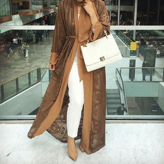 Tan open abaya with white pants- How to style your Abaya cardigan for Ramadan http://www.justtrendygirls.com/how-to-style-your-abaya-cardigan-for-ramadan/