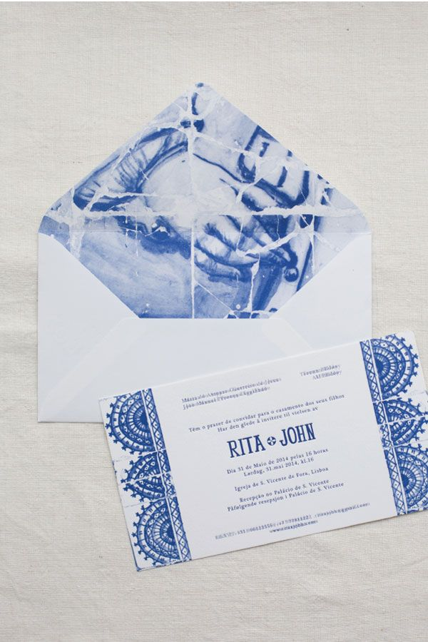 Convite inspirado em azulejos // Wedding invitation inspired on portuguese tiles