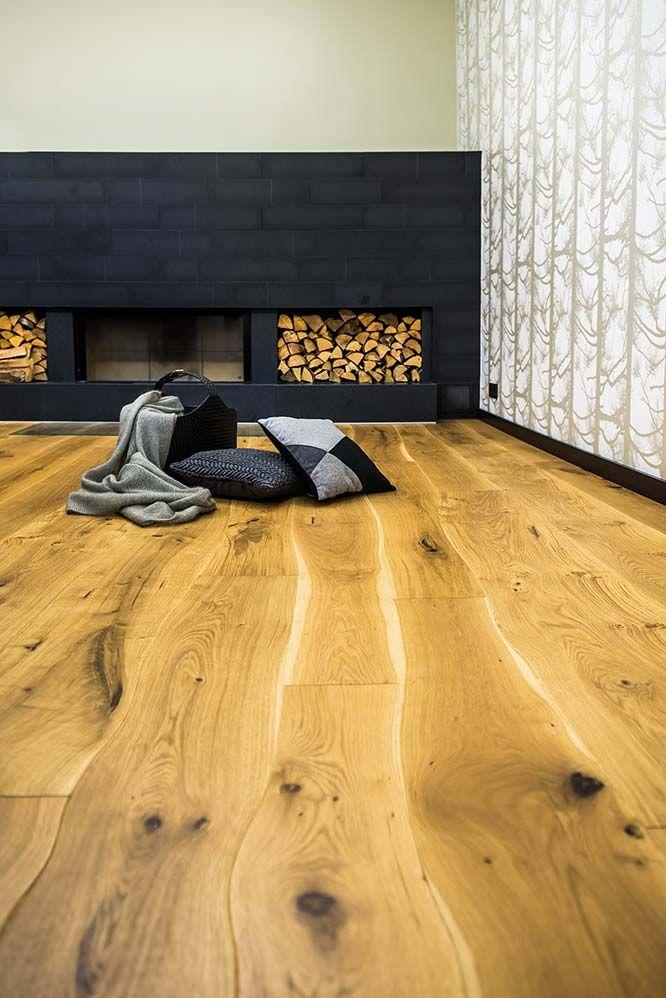 En 2014, Bolefloor introduit une gamme modulaire au sein de sa collection, « Curv8 », permettant d'accéder à l'esthétique des lames courbes pour un budget moins conséquent que les sols « sur-mesure ». ©Bolefloor