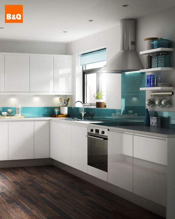 Make a statement with your new kitchen design and go all white! Bright and glossy, the Marletti White kitchen has handle-less cupboards to complement its modern design. Team with a bold coloured wall for a thoroughly modern interior.