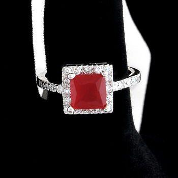 Red. #rings