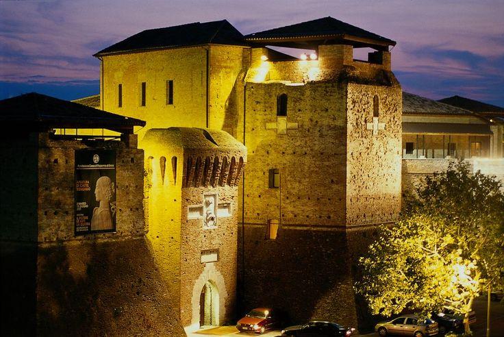 Castelsismondo, Rimini centro storico.  #castello #castelli #fortress #castle