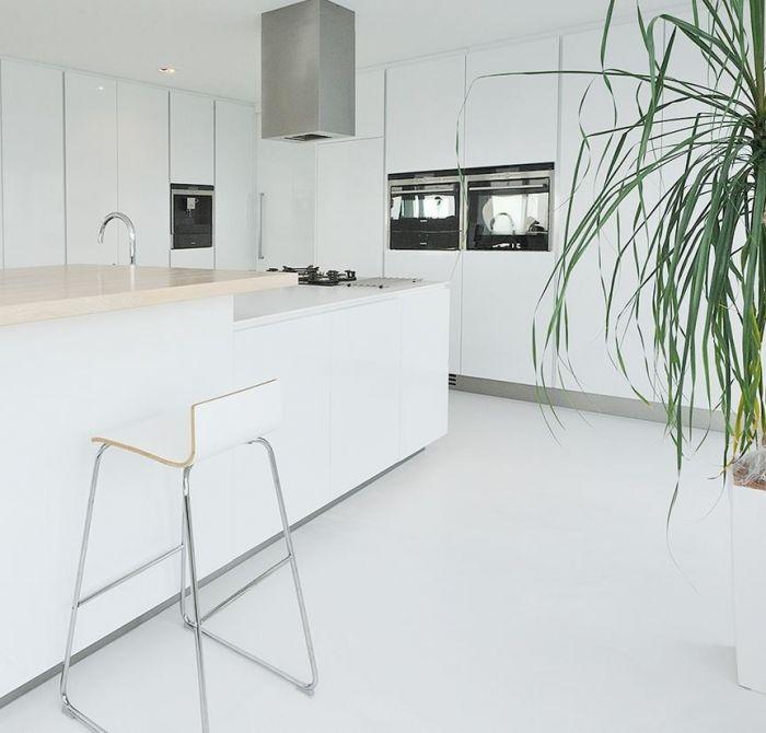 Motion gietvloer - witte gietvloeren woning - Woningen - Projecten - Motion…