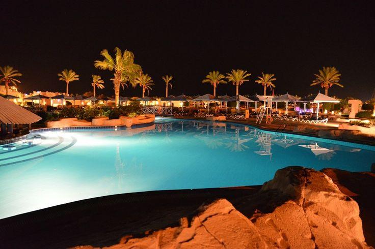 Sunrise Select Royal Makadi Resort Hotel beach picture in Makadi Bay by Sharon | HolidayCheck.com
