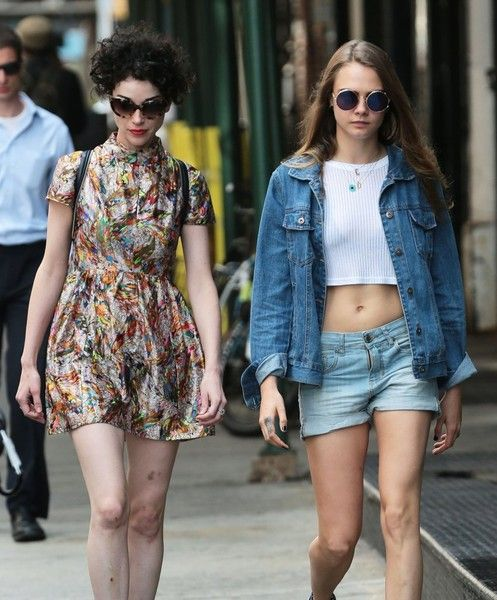 Model Cara Delevingne and singer Annie Clark (St. Vincent) are spotted out for a stroll together in New York City, New York on September 28, 2015.