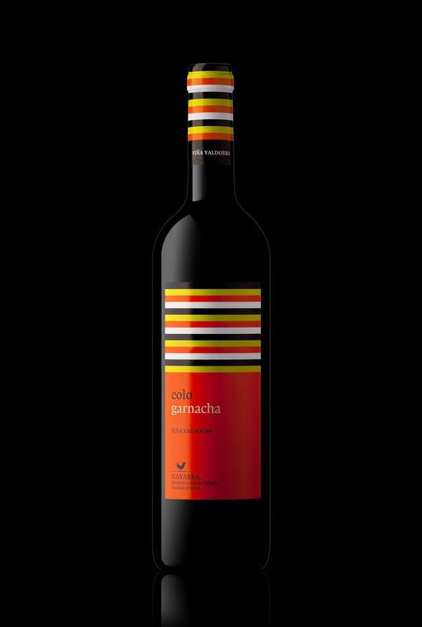 BODEGAS VALDORBA - EOLO by Dookustudio , via BehanceHttp Uidesign955 Blogspot Com, Design Inspiration, App, Red Wine, Packaging Design, Behance Packaging, Behance Packagedesign, Packaging Ui, Http Uidesign858 Blogspot Com