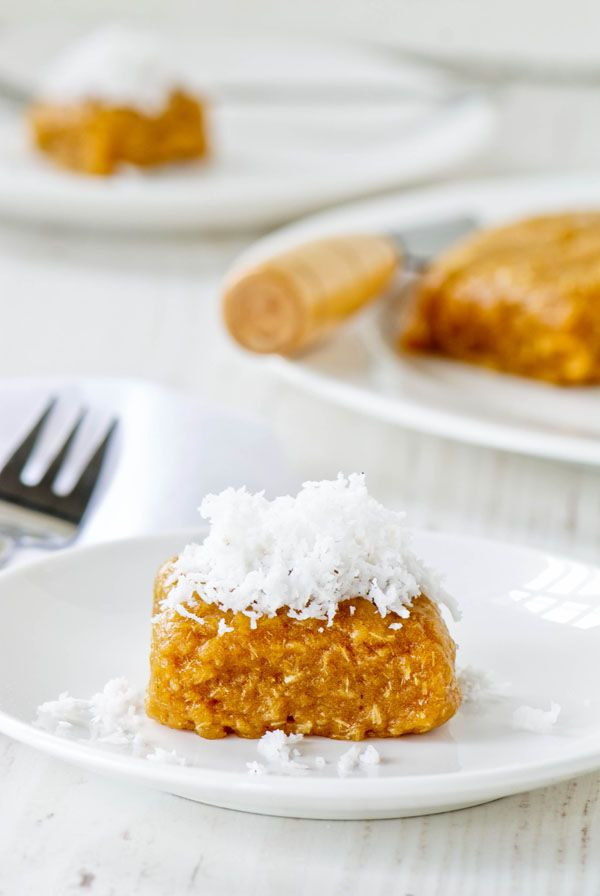 Cassava Cake with Grated-Coconut (Getuk)