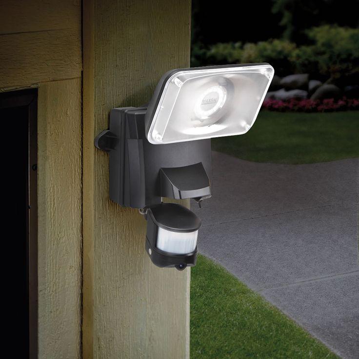 The Video Recording Solar Security Light - Hammacher Schlemmer