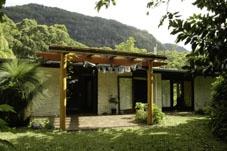 Funkey Forest Retreat Centre - yoga meditation fasting detox vegan raw food funky music integral Byron Bay Australia