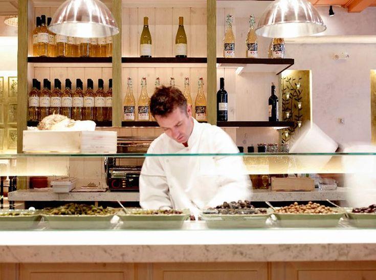Best 25+ Open Kitchen Restaurant Ideas On Pinterest | Restaurant Kitchen  Design, Restaurant Kitchen And Cafe Bar Counter