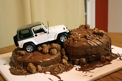 Off Road Riding Cake. All it needs is a Rzr on it instead of a Jeep:
