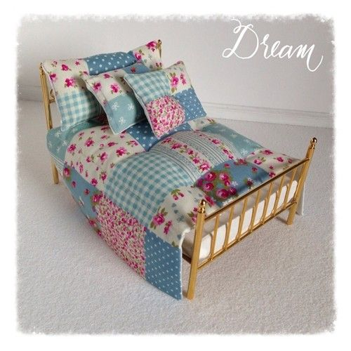 Double bed set of covers and pillows.Because these are hand made, there  will be slight variations in pattern. Bed not included