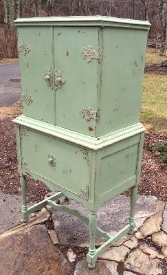 Would love this in an Annie Sloan chalk paint