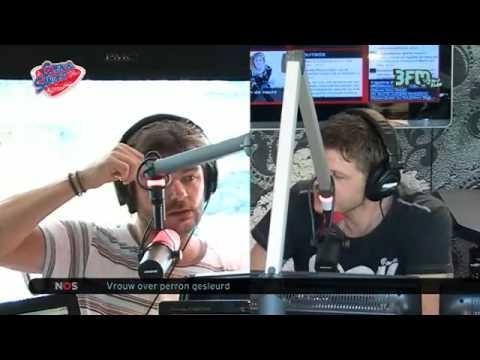 [Coen en Sander Show] Tess Milne en Casanova Bootcamp 24-07-2012