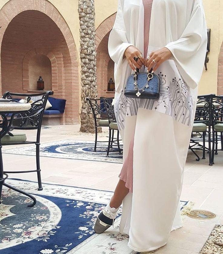 IG: Ayabayas    IG: Beautiifulinblack    Modern Abaya Fashion   