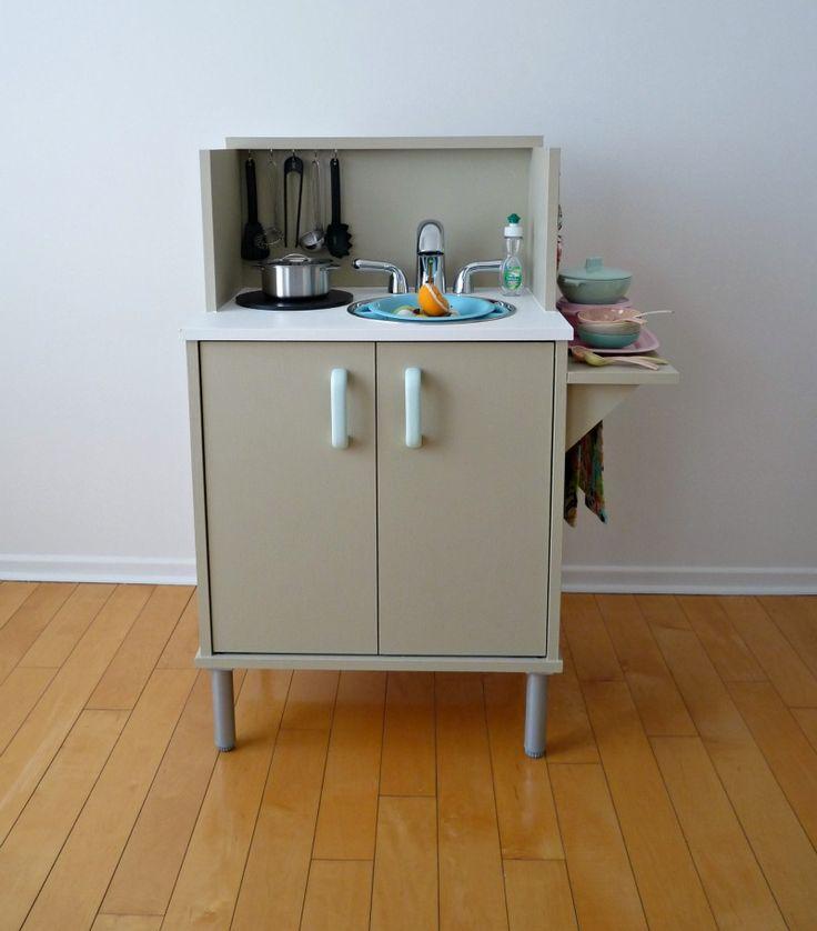 Dans Le Townhouse: DIY Play Kitchen Reveal!