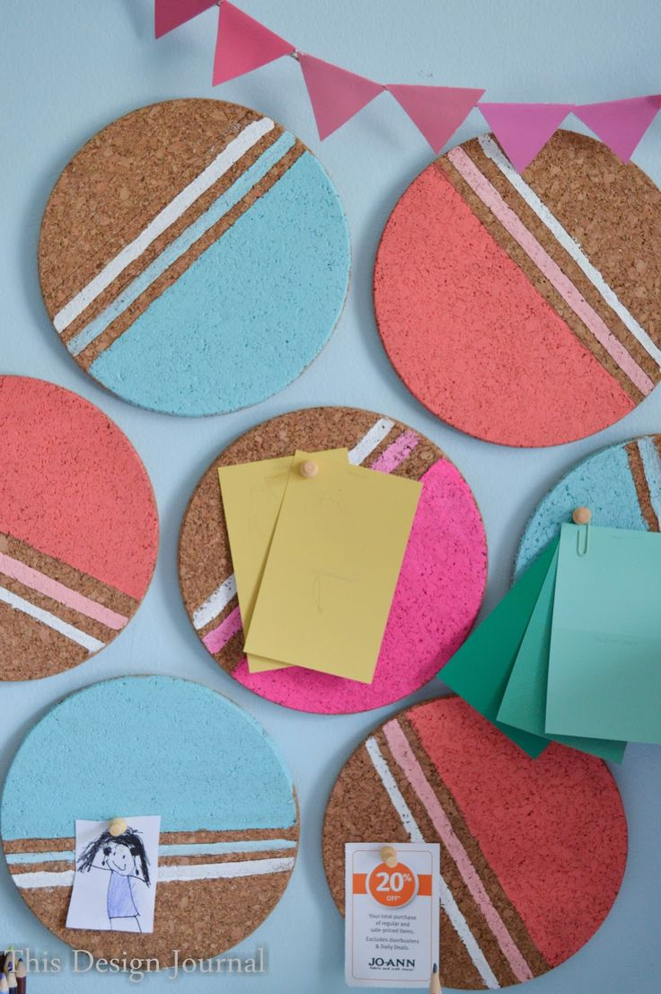DIY CORK BULLETIN BOARD - Painted Geometric Circles to hang notes on