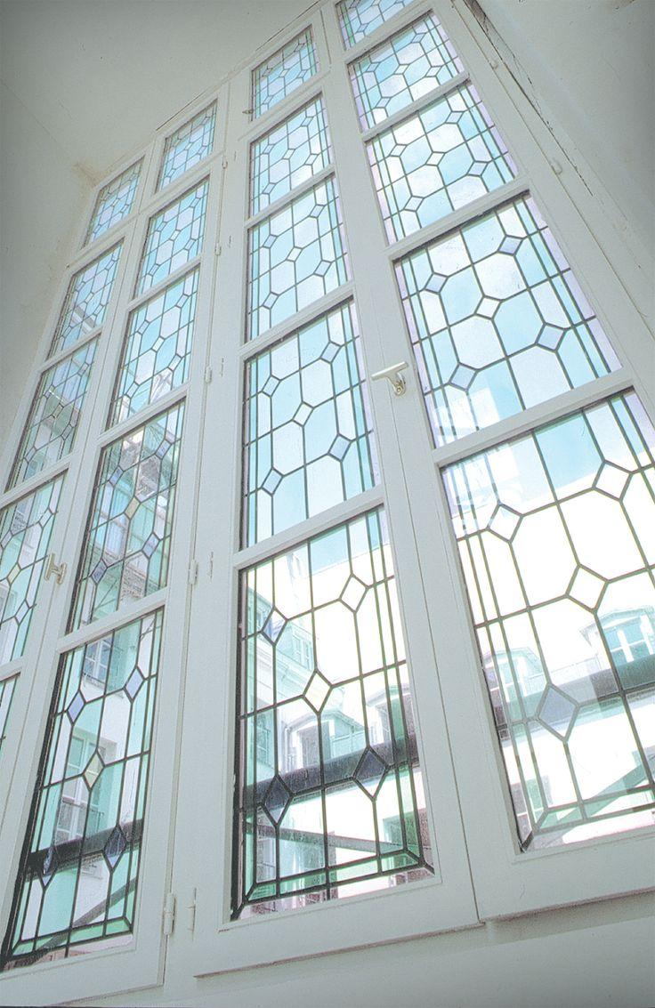 Fenêtres immeuble - Baie vitrée sur cour - Réalisation sur verre clair 4mm monté en double vitrage - Films couleur - Honky Tonk Vitrail