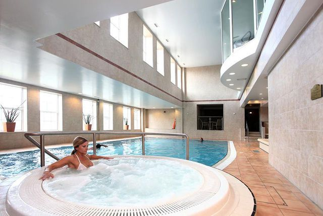 4* Derby Spa Stay, Treatment & Marco Pierre White Dinner for 2