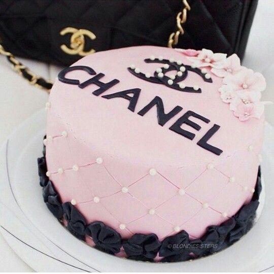 Pastel de Chanel cake