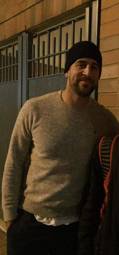 Aaron Rodgers Hanging Out At High School Basketball Game -- Green Bay Packers quarterback Aaron Rodgers followed girlfriend Olivia Munn to New York for Fashion Week, but decided to check out a basketball game instead.