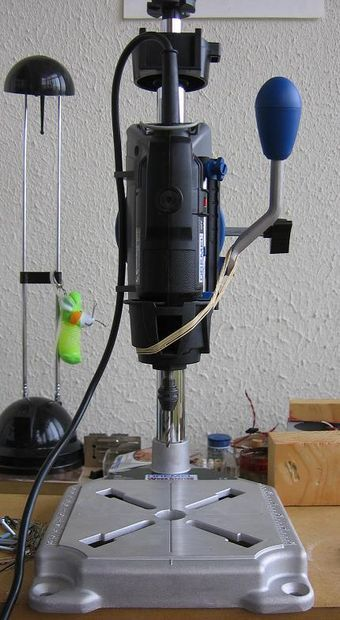 Simple fix for dremel drill press lag.jpg, instructables.com