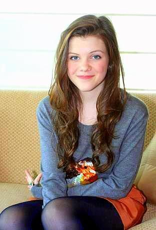 Hey guys! I'm Google! I know a lot of stuff and I have a social side. but I am often not on that side. I am a writer so I have a lot of weird ideas and I'm 17 (face claim Georgie Henley~Lucy)