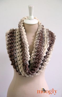"""""""Squish"""" 1-skein cowl crochet pattern, features Lion Brand Scarfie, a fab new yarn with a unique self-striping ombré effect - plus it's a soft and lofty wool blend yarn with tons of yardage! Love it!"""