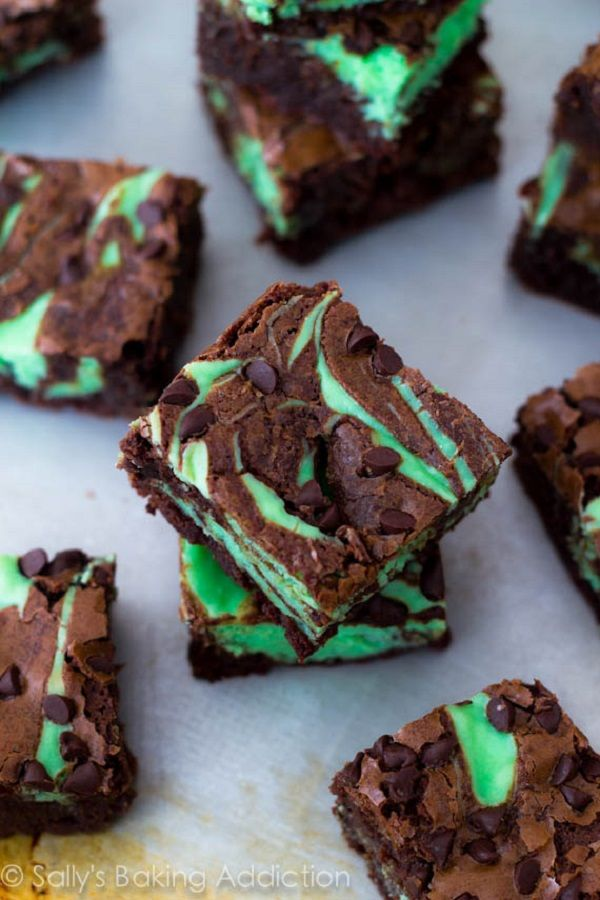 Chocolate Mint Dessert Recipes Mint Chocolate Chip Cheesecake Brownies ...