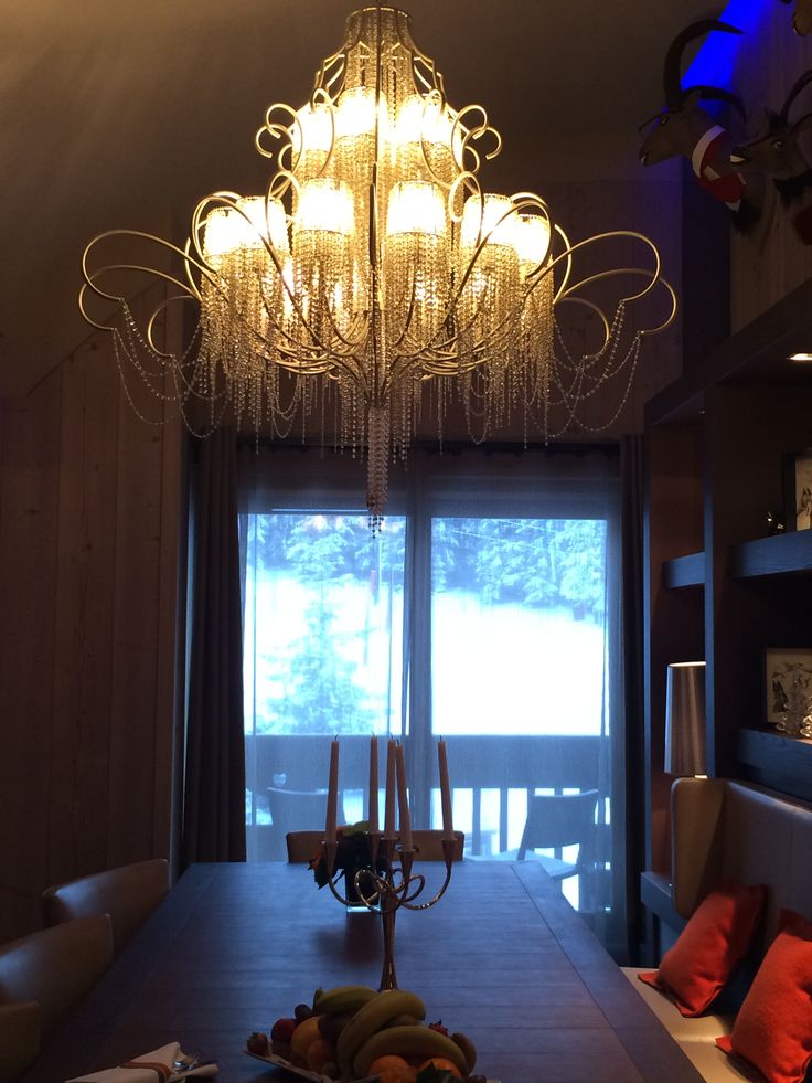 Thank you to Les Grandes Alpes for inviting us to stay for two nights. It was a fantastic experience. Here are some of our favourite sneaky snaps!  #alps #frenchalps #france #courchevel1850 #courchevel #chalet #luxurychalet #vip #experience #leotrippi #skinskiout #ski #skiresort #luxuryaccommodation #accommodation