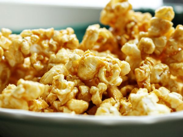 Microwave Popcorn Caramel Corn | Extremely quick and easy!