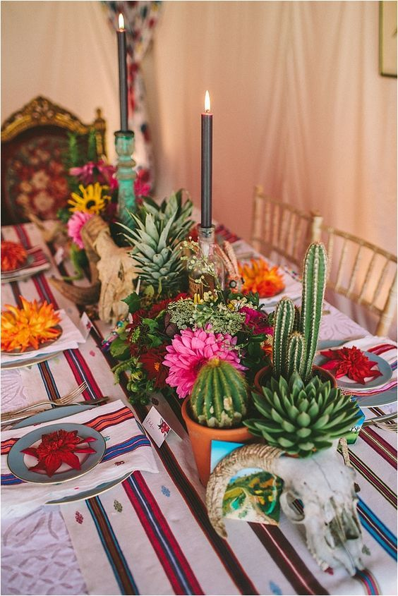 colorful festive wedding table decor / http://www.himisspuff.com/colorful-mexican-festive-wedding-ideas/3/
