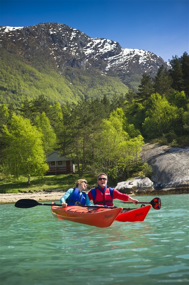 Kayaking in Jondal, Hardangerfjord, Norway. Photo by CH/Innovation Norway #VisitNorway