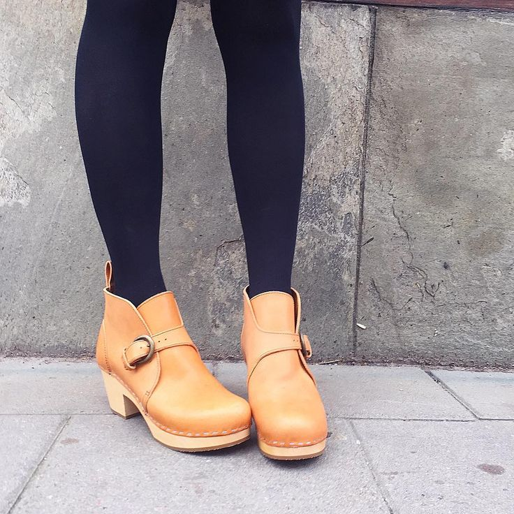 Need these AW15' Petra Newcomer Swedish hasbeens clogs in my life!!!