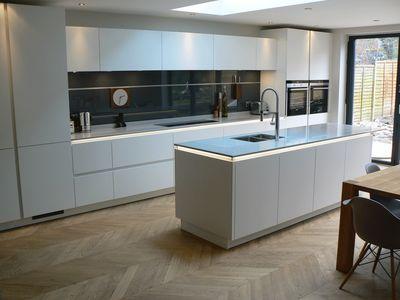 Handleless kitchen gallery - TRUE handleless kitchens.co.uk