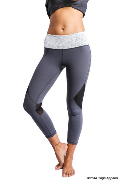 PRANA CAPRIS - A must have item for the active athlete, this yoga pant is perfect for your workout session. Premium stretch fabric that smooth and elastic combine to give you a comfortable, flexible fit. There's two hidden key/card pocket in waistband.