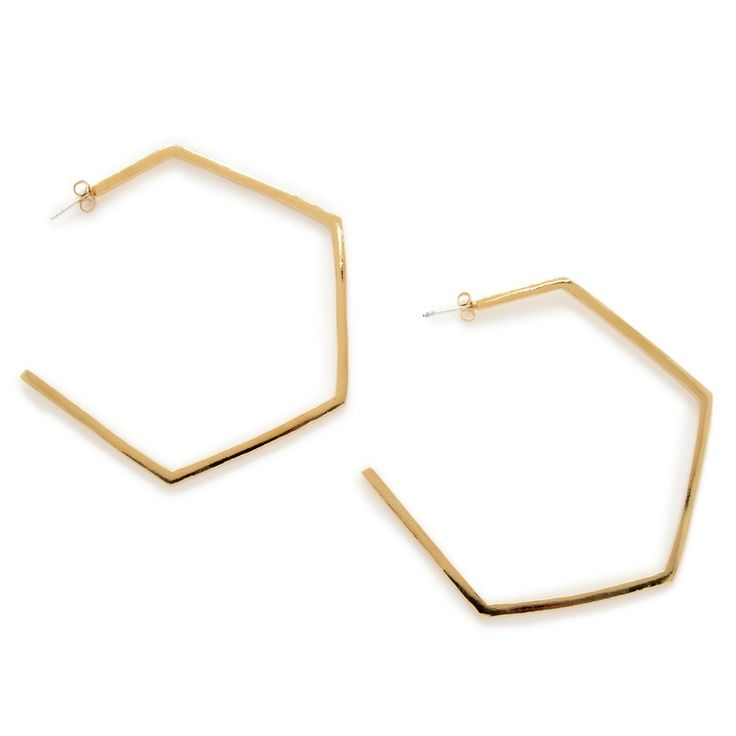 Obsession worthy oversized hexagon hoops that are still light and easy to wear! Yes! @bingbangnyc