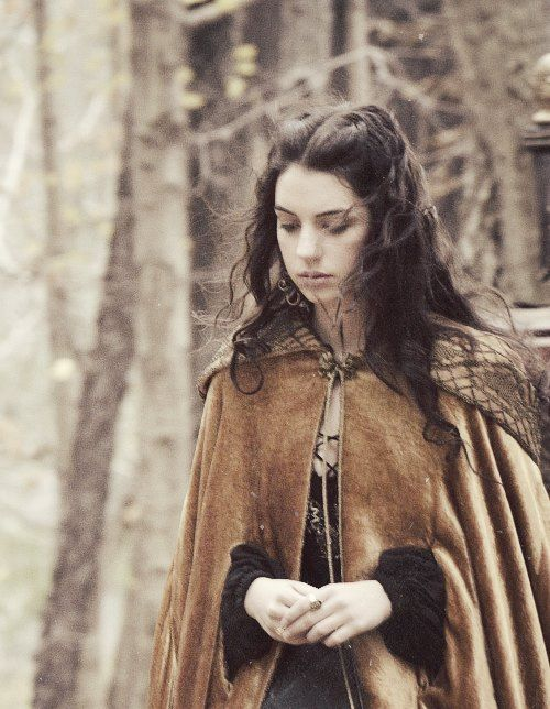 Alysanne Martell wondering through the Wolfswood after receiving a hurtful letter from her cousins Nymeria, Tyene and Obara who have informed her that she is no longer family.