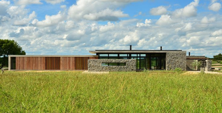 Completed in 2013 in Carmelo, Uruguay. Images by Francisca Steverlynck. The house is located in Carmelo Golf & Polo Country Club, 8km away from Carmelo, a 20.000 people town in the Department of Colonia, Uruguay. ...
