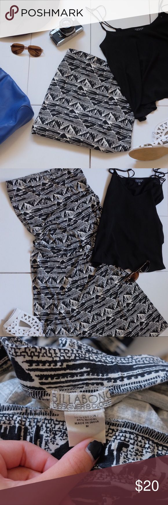 """NWOT Billabong Aztec black and white maxi skirt NWOT Billabong Aztec black and white maxi skirt, unfortunately it just doesn't fit, it's a lovely skirt and I really wish it fit! It's gorgeous! Length is 40.5"""" and a size medium. NOT LLR BRAND IS BILLABONG. TAGGED FOR EXPOSURE. LuLaRoe Skirts Maxi"""