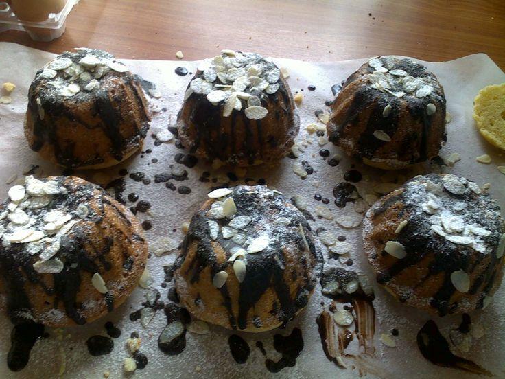 Mini torta con le mandorle